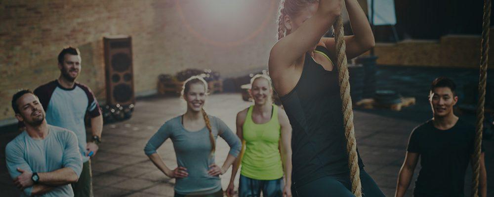 Leuke groepsles in de sportschool PowerBase Fitness in best