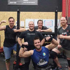 Strongman training leuke groep